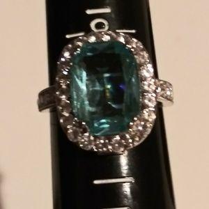 Stunning 925 Sterling silver aquamarine ring